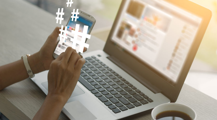 Recherche de mots-clés sur Twitter et Instagram